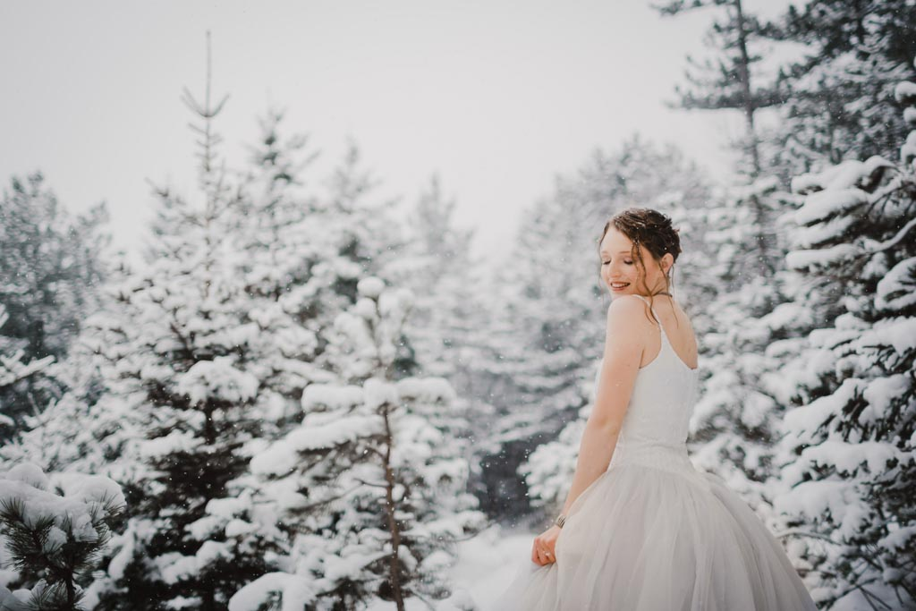 Trash the Dress Winter Schnee 005 - After Wedding Shooting im Winter