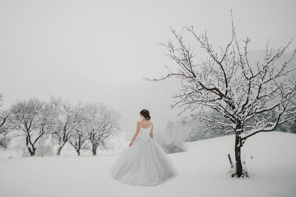 Trash the Dress Winter Schnee 015 - After Wedding Shooting im Winter