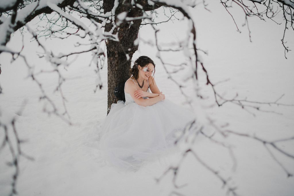 Trash the Dress Winter Schnee 024 - After Wedding Shooting im Winter