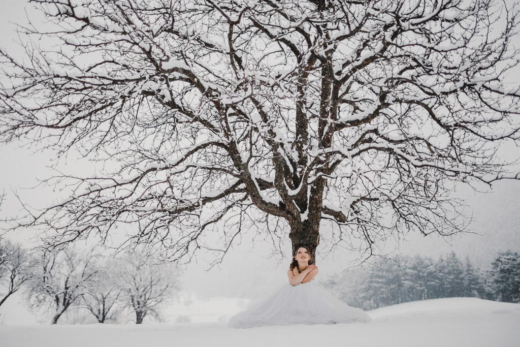 Trash the Dress Winter Schnee 026 - After Wedding Shooting im Winter